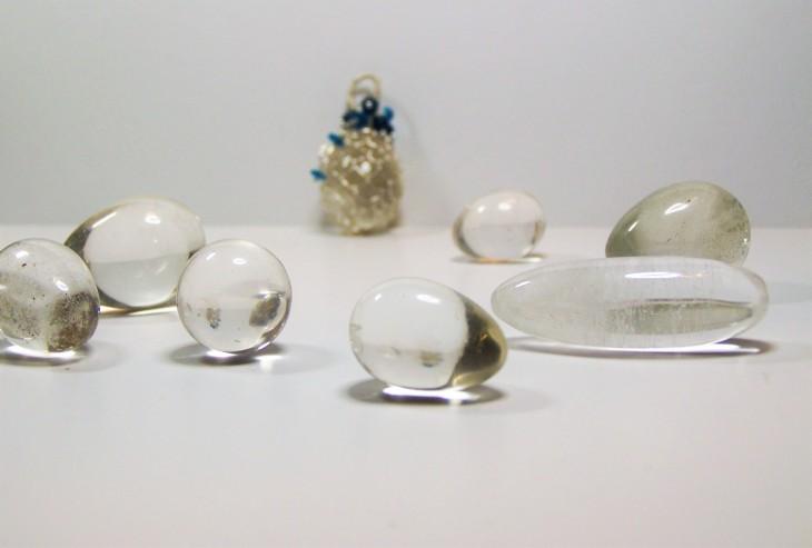 acj-crystal-eggs-focus-close